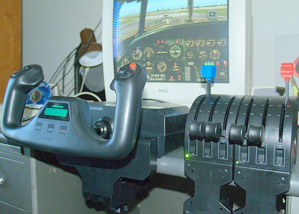 Saitek Pro Flight Yoke And Throttle Quadrant Review