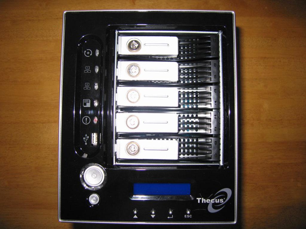 Thecus N5200