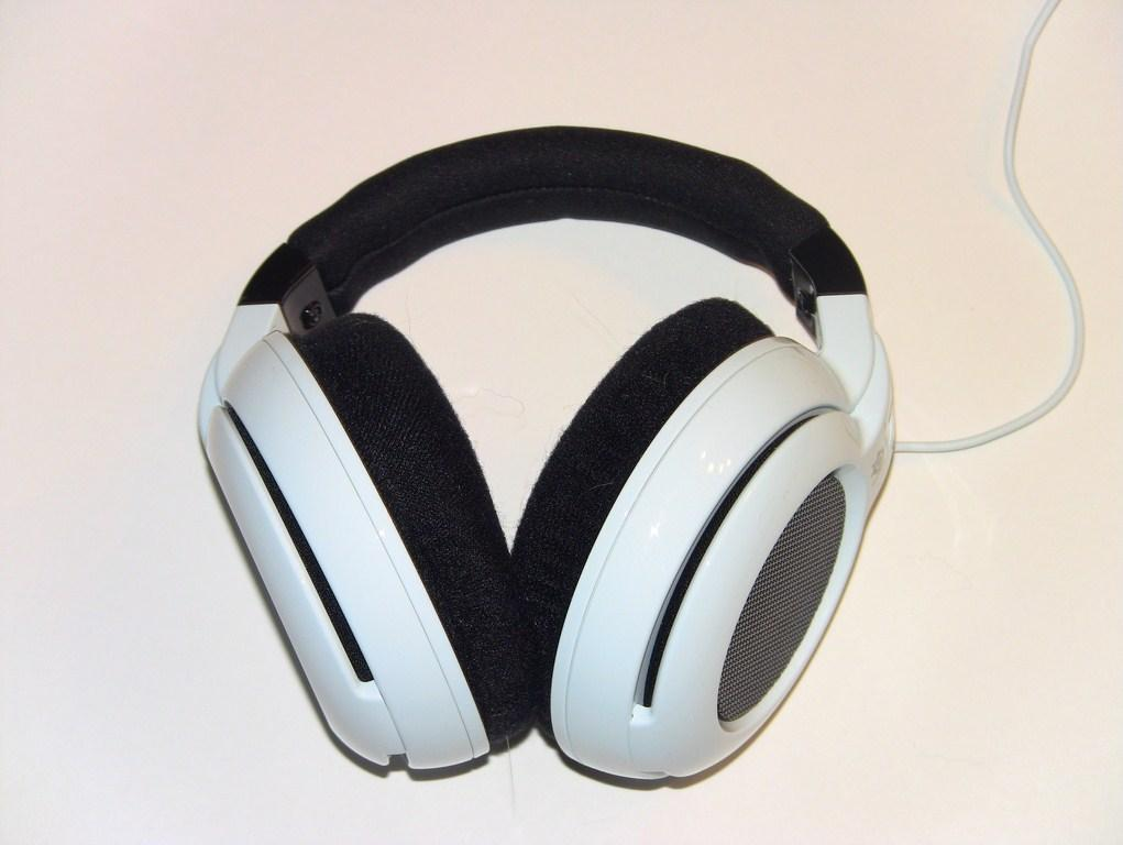 SteelSeries Siberia Neckband for iPod, iPhone, and iPad