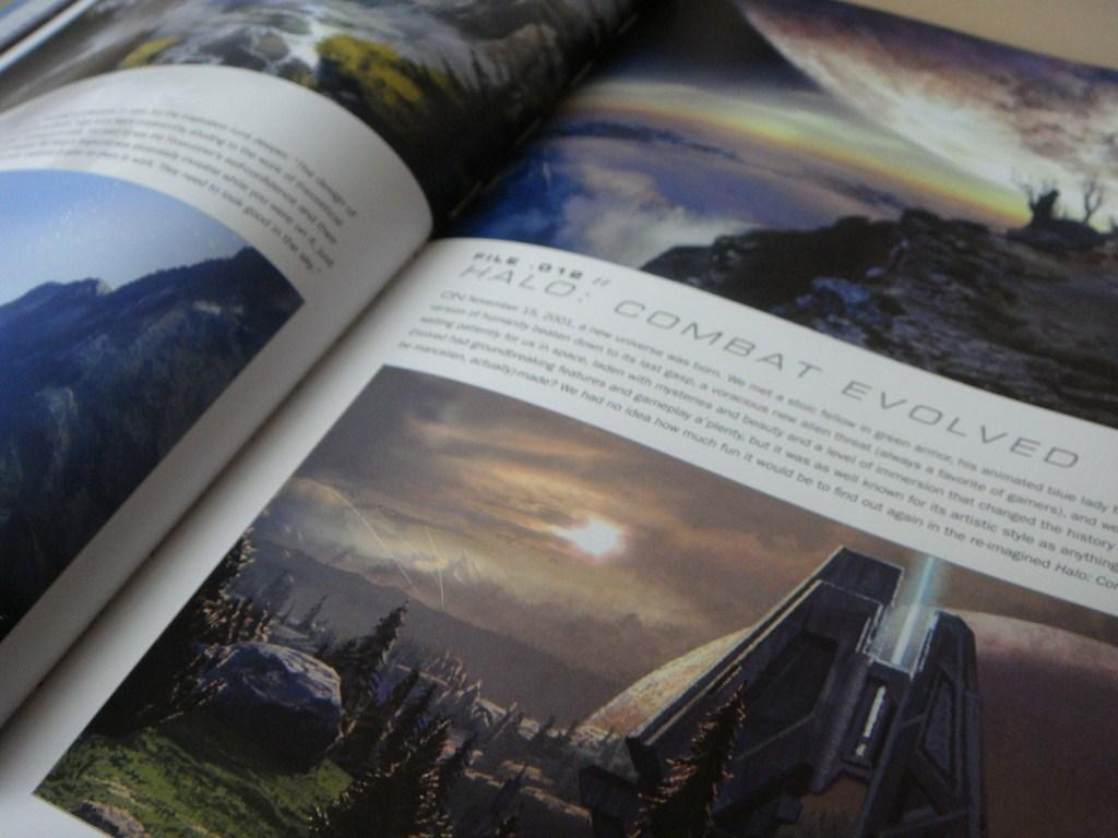 Microsoft Halo: The Art of Building Worlds (Book)