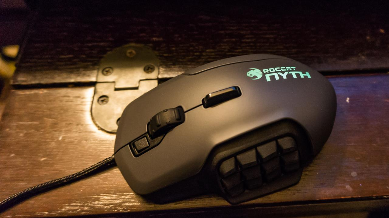 ROCCAT Nyth MMO Mouse
